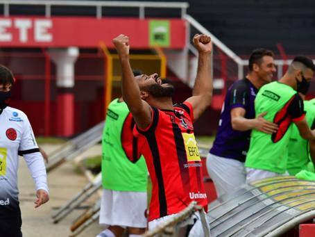 Pousão vence Cruzeiro em casa