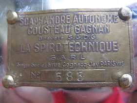 CG45 petite plaque SARL 001.JPG