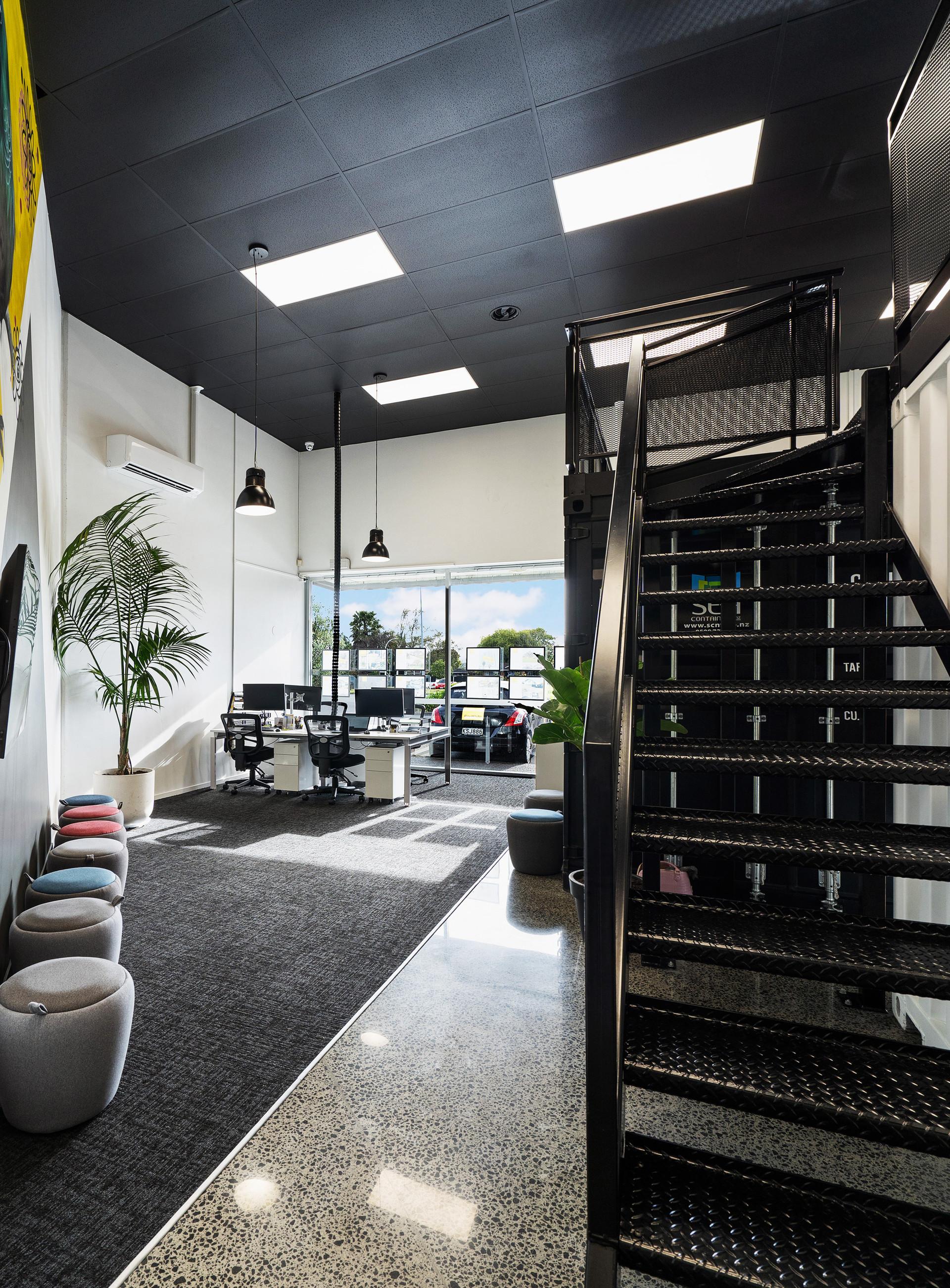 Workspace + mezzanine