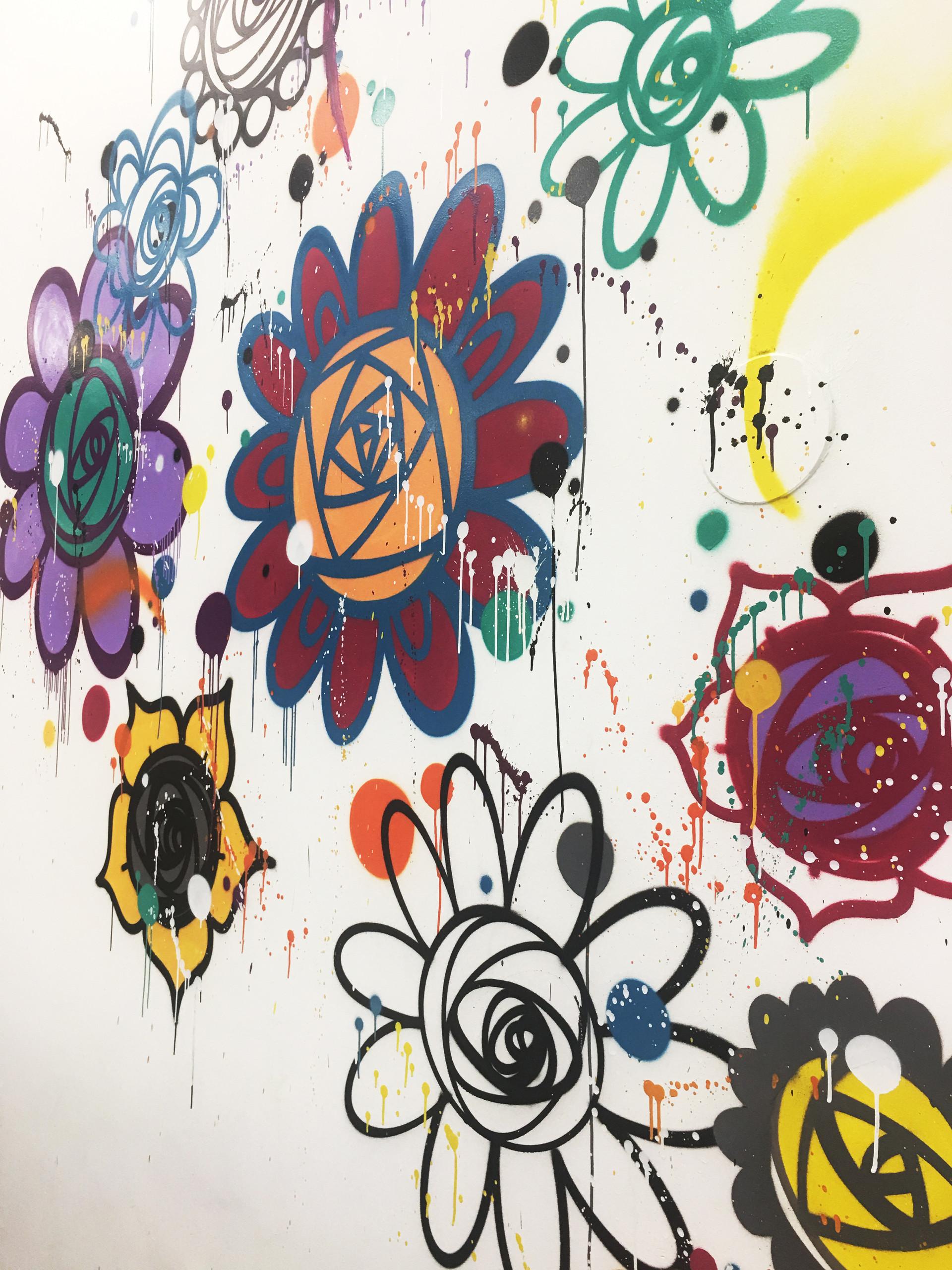 Flower gang grafitti