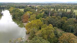 Aussicht vom Minarett, Kulturlandschaft Lednice, Fluß Thaya, Herbstfärbung