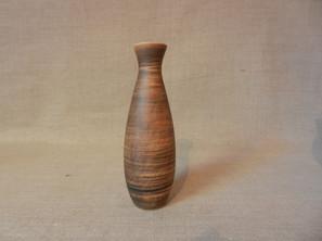 vase bouteille H 25 à 29 cm entre 30 et 50€