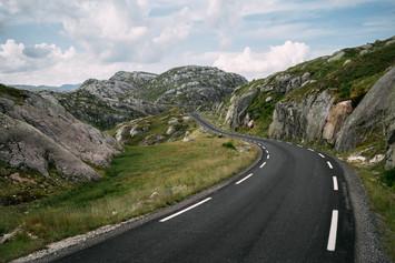 Road to Lysebotn