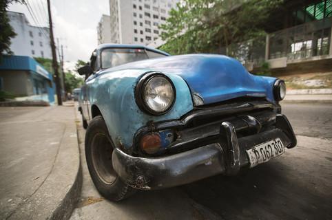 Old Clunker Cuba