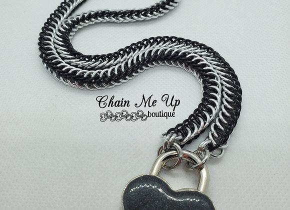 Locking Heart Collar - Black2
