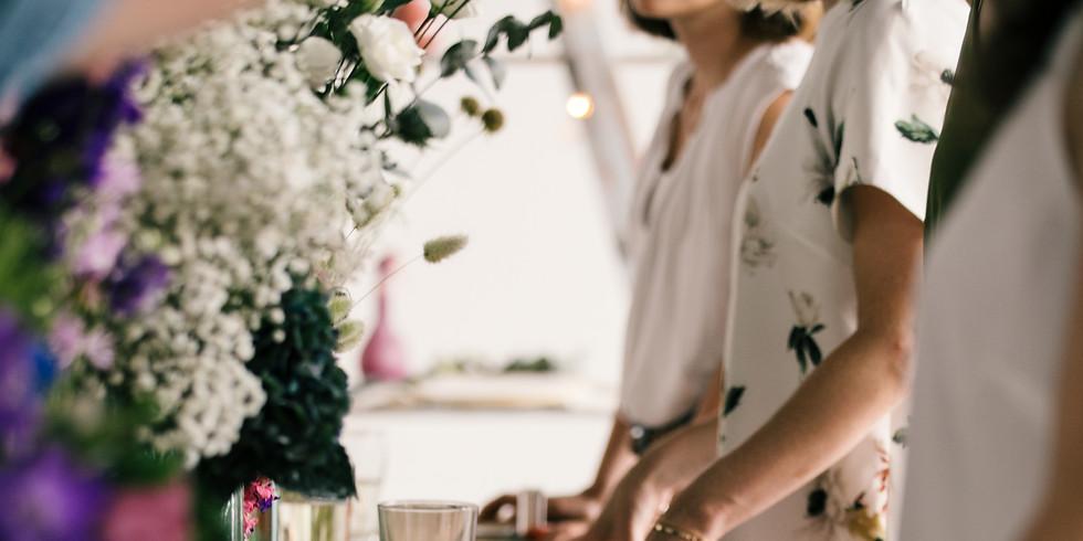 Herbstlicher Hortensien Türkranz im Hinterconti