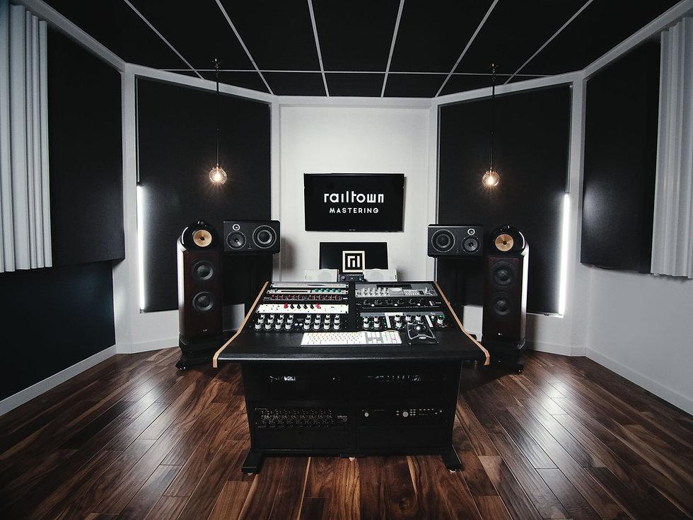 studio-02.jpg