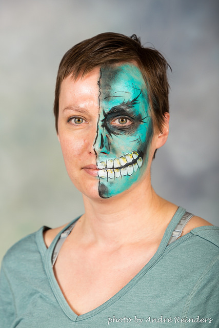 Blue skull Calgary best Face Painter Fancy Faces.jpg