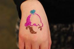 cupcake glitter tattoo.jpg