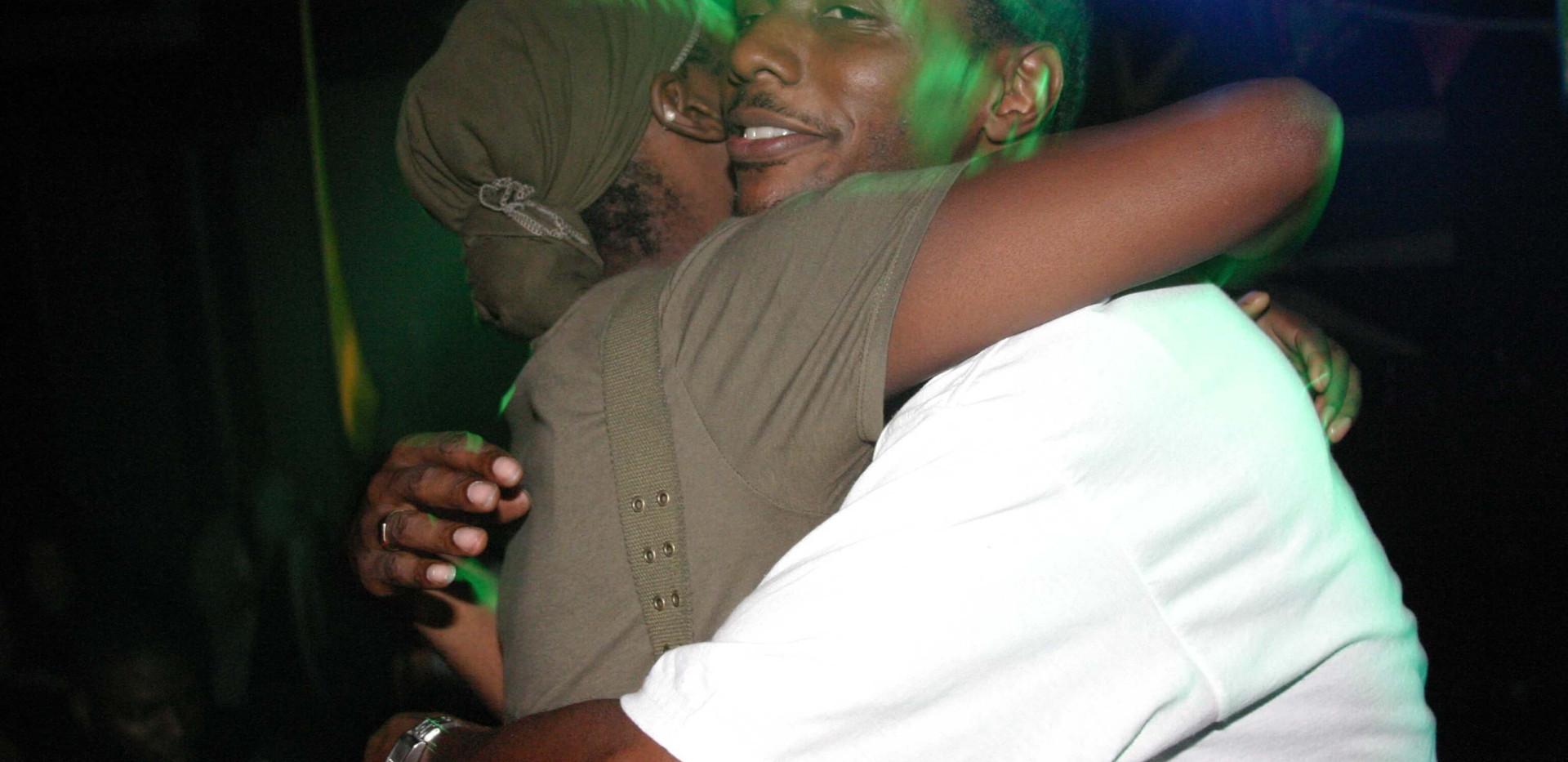 Seanie T huggibg Hill St Soul