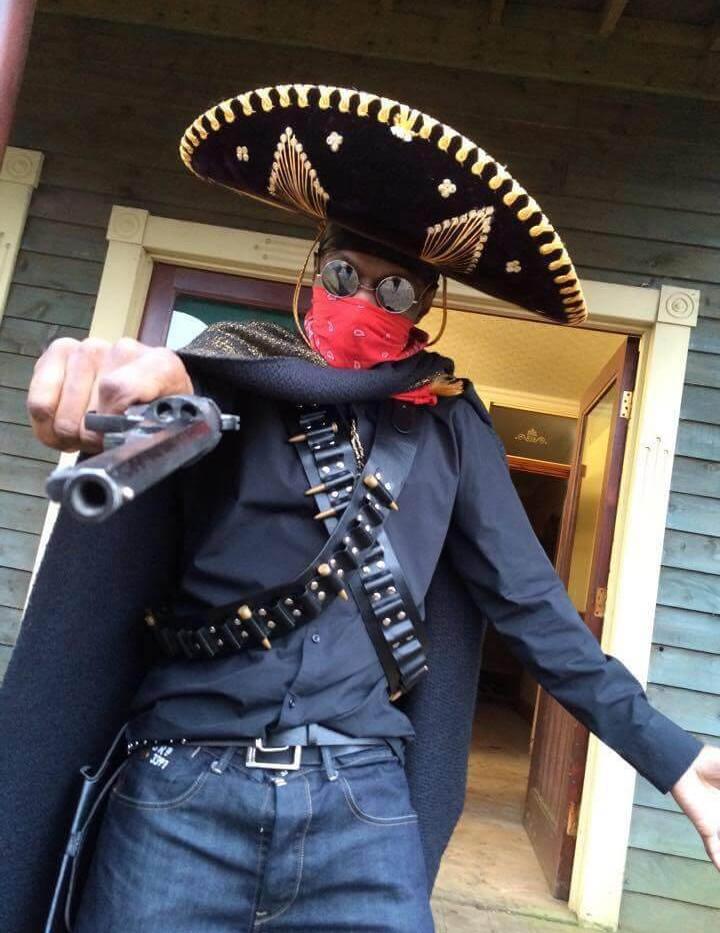 Seanie T @ Videoshoot for Pistolaro