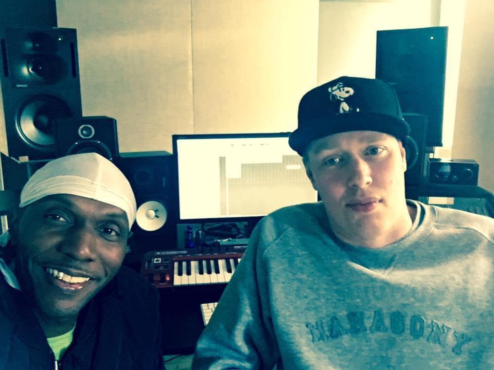 Seanie T & DJ Dynamite @ his hamburg city studio