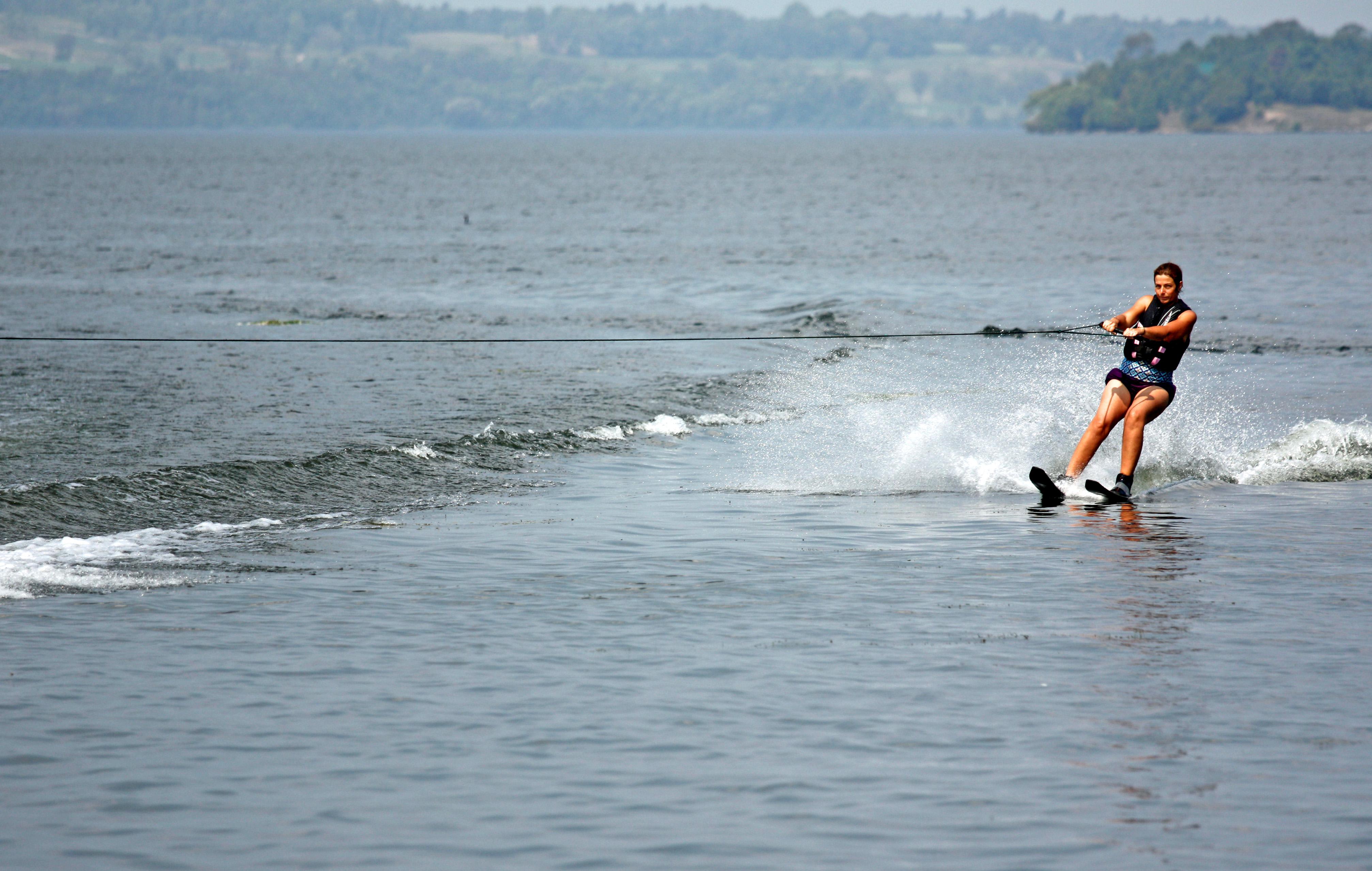 Waterskiing at Alpine Resort