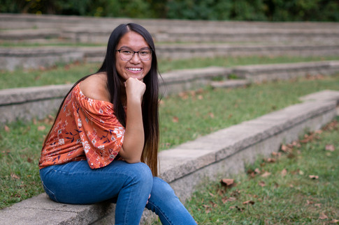 Milford High School Senior Pictures in Old Loveland