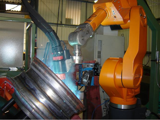 Robotic Equipment with Tandem Welding Equipment for car wheels