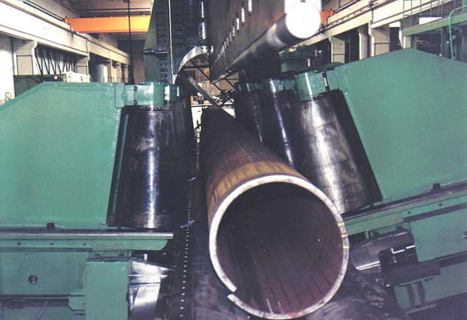 Bending press with a pressing force of 62.000 kN