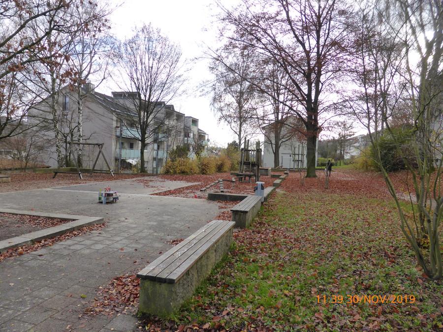 191130 Spielplatz Brucknerweg 1.jpg