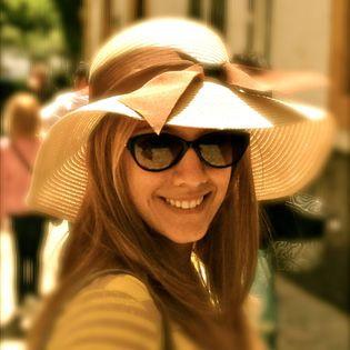 Stefanie in a hat