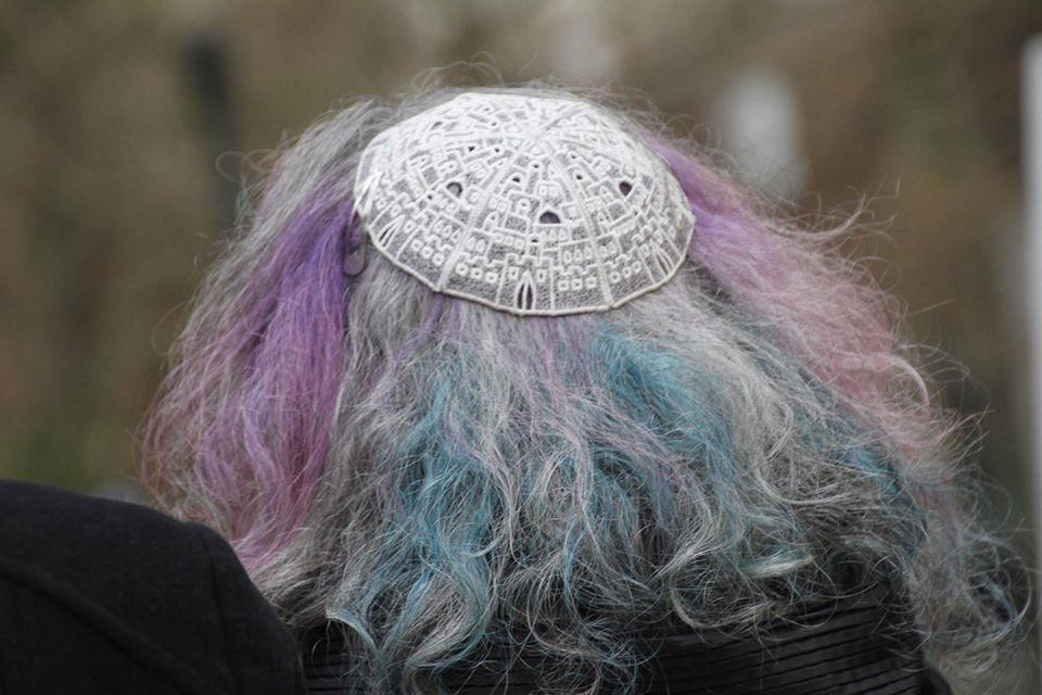 Back of Rabbi Debra