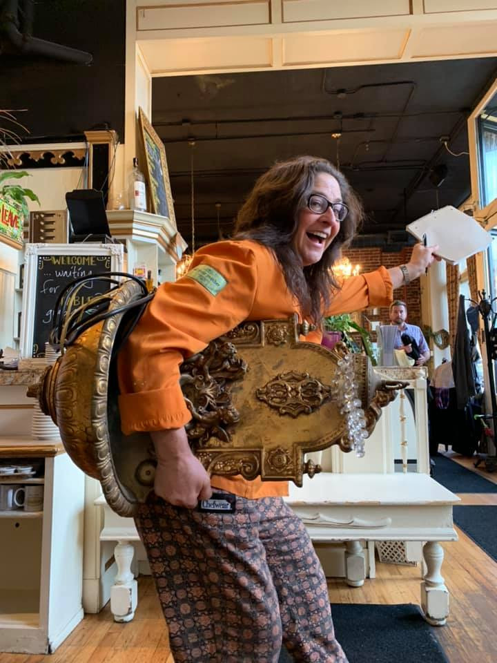 Lisa Schroeder moving to her new location