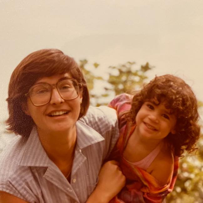 Lisa Schroeder with her daughter Stephanie