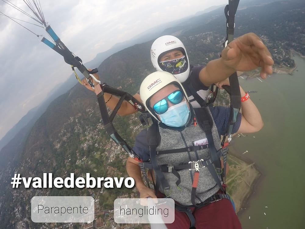 Ozzie Gonzalez hang gliding in Mexico