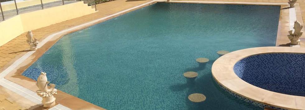 pool with bar kuwait.JPG