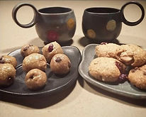 Baked%20oatmeal%20cookies%20and%20raw%20