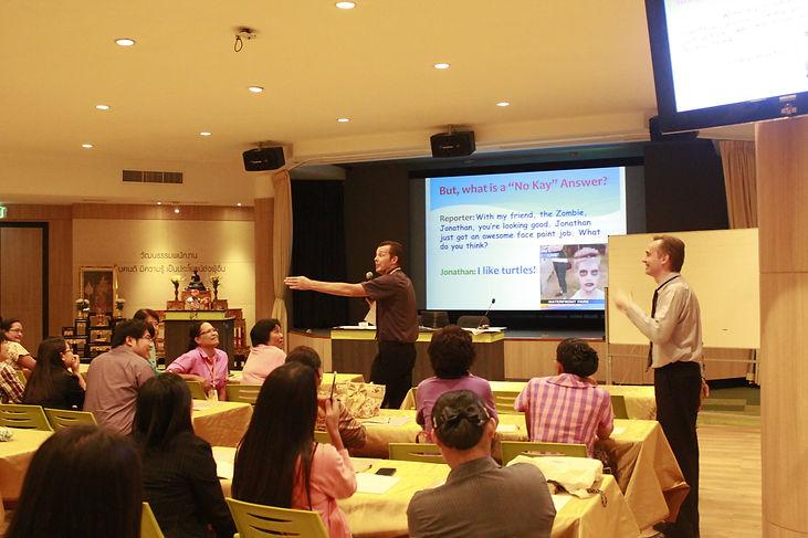 tesoltree ครูต่างชาติ รับจัดหาครูต่างชาติ ครูต่างชาติสำหรับโรงเรียน ส่งครูต่างชาติให้โรงเรียน หาครูต่างชาติให้โรงเรียน ครูฝรั่ง ครูฝรั่งคุณภาพดี ครูต่างชาติมีคุณภาพ บริการจัดหาครูต่างชาติ จัดค่ายภาษาอังกฤษ อบรมครูไทย Trinity CertTESOL