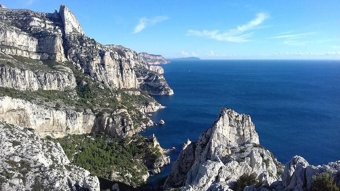 Calanques Marseille.jpg