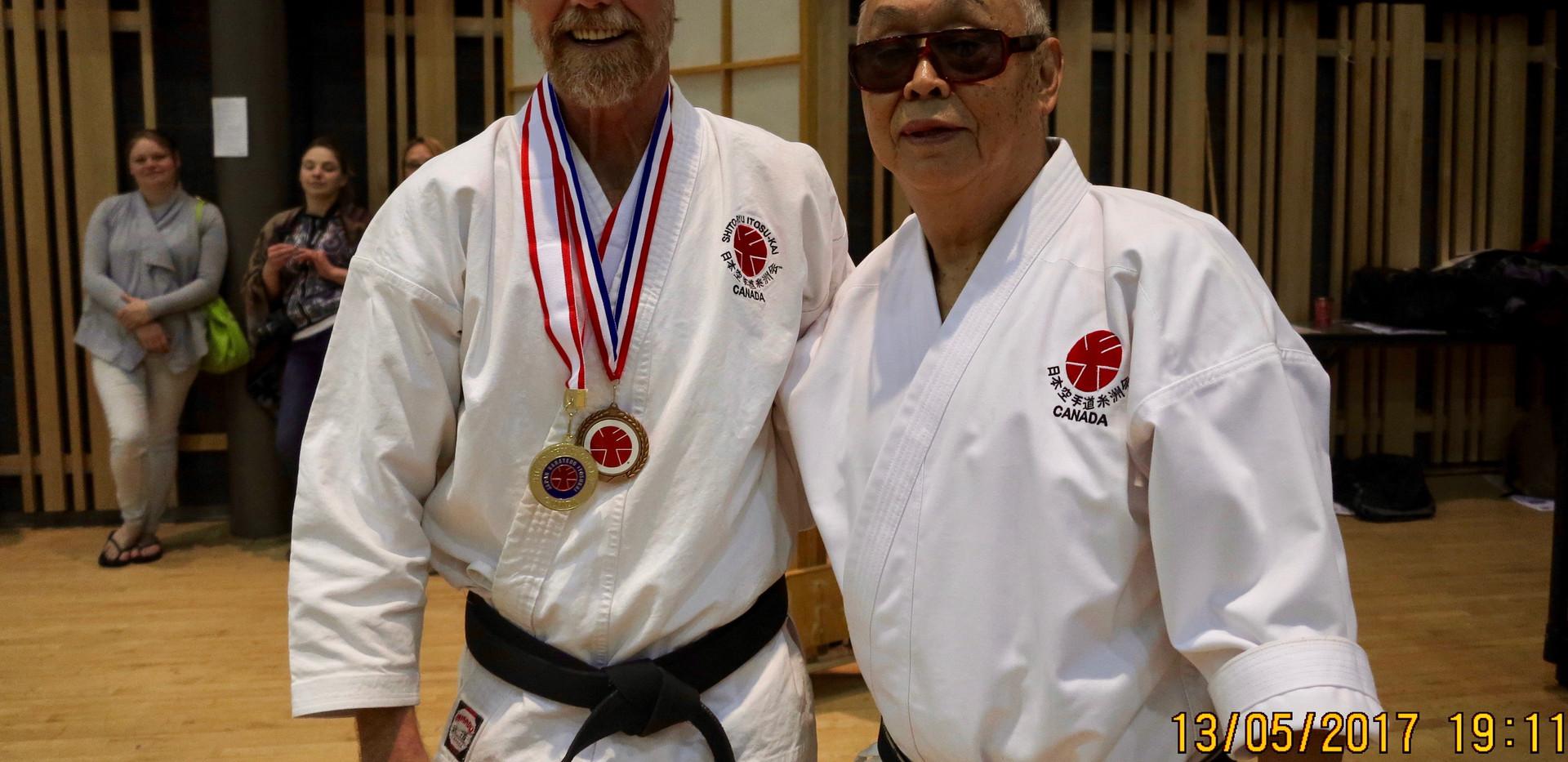 Reg Medal 2.jpg