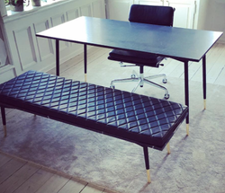 DESK & LEATHER BENCH