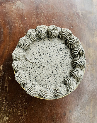 Roasted Black Sesame Layered Cake