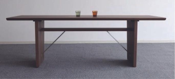 ピアヌーラダイニングテーブル 2.jpg