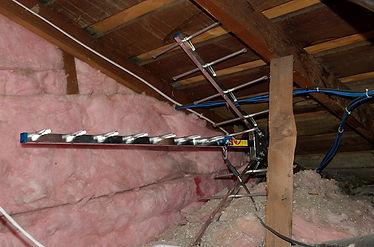 attic antenna2.jpg