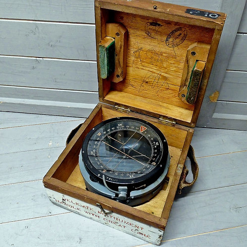Second World War P10 Compass