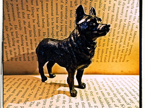 Miniature Bronze Dog