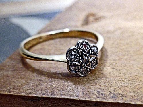 Vintage 18ct Gold, Platinum & Diamond Ring