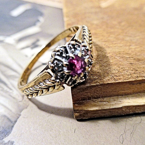 Gold, Ruby & Diamond Ring