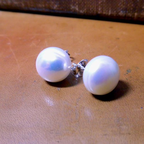 Silver & Pearl Earrings