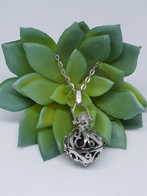 Aromatherapy Necklace - 'Antique'
