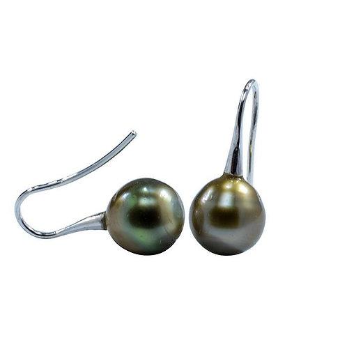 Fijian South Sea pearl earrings