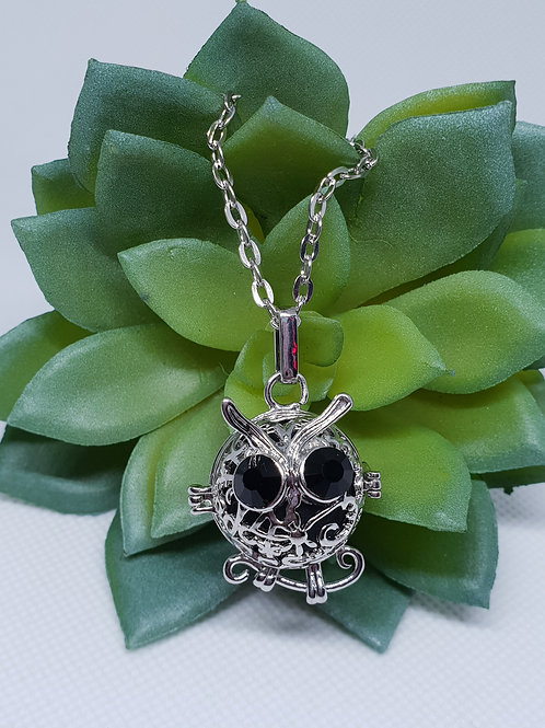 Aromatherapy Necklace - 'Wise Old Owl'