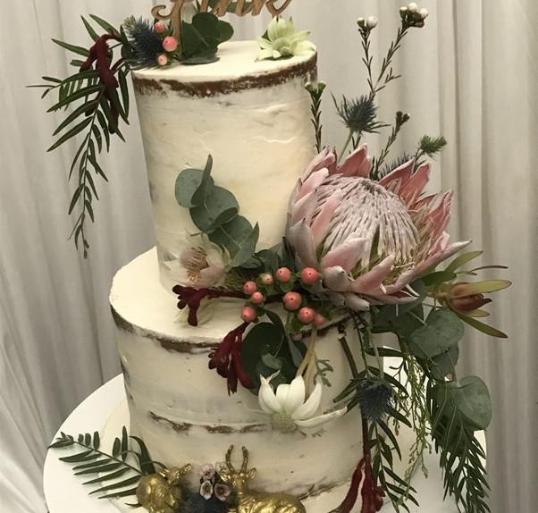 www.elegantoccasions-wedding-cake.jpg