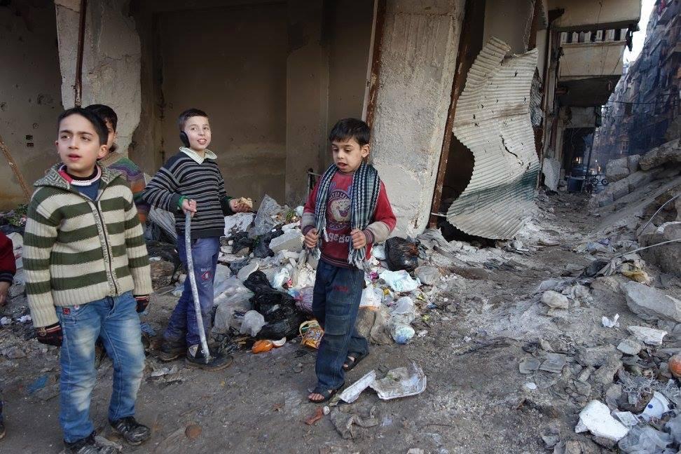 Hele verdens barn. (Foto lånt av Sigurd Falkenberg Mikkelsen, NRKs Midtøsten-korrespondent - fra albumet 'Syria 2015' på Facebook.)
