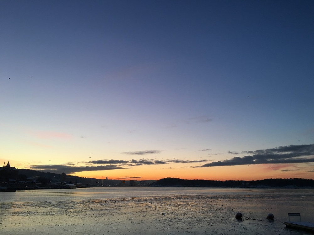 Aker Brygge i soloppgang