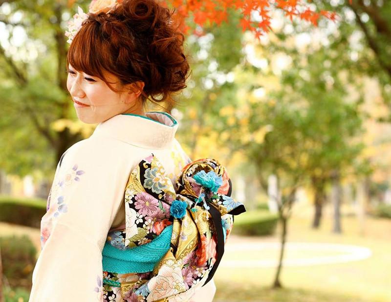 Japanese make up and dress up