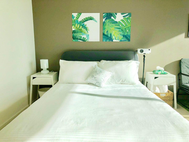 E2403 bed