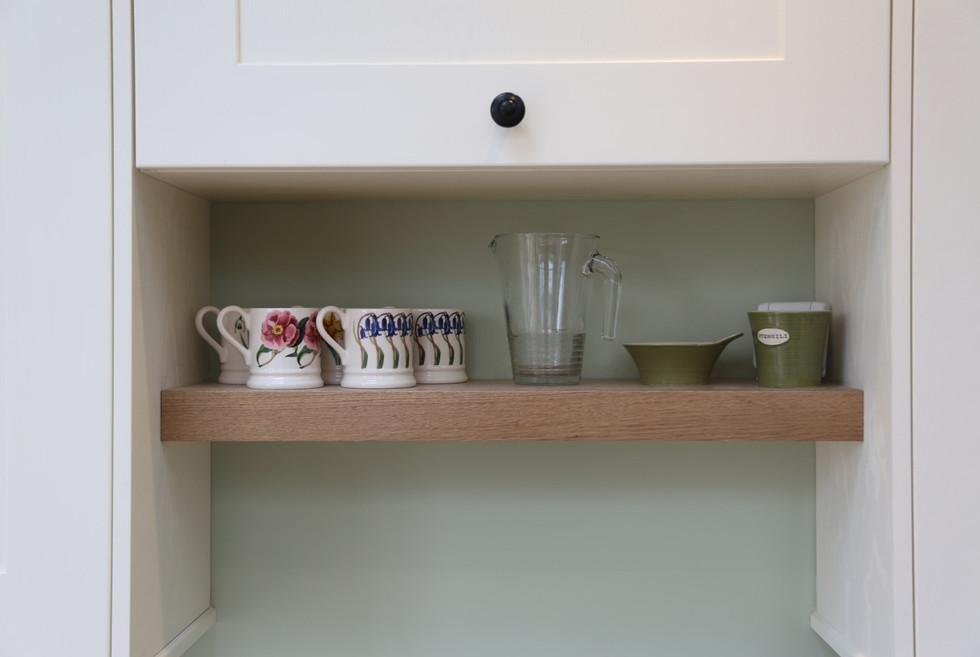 Bespoke shelf detail