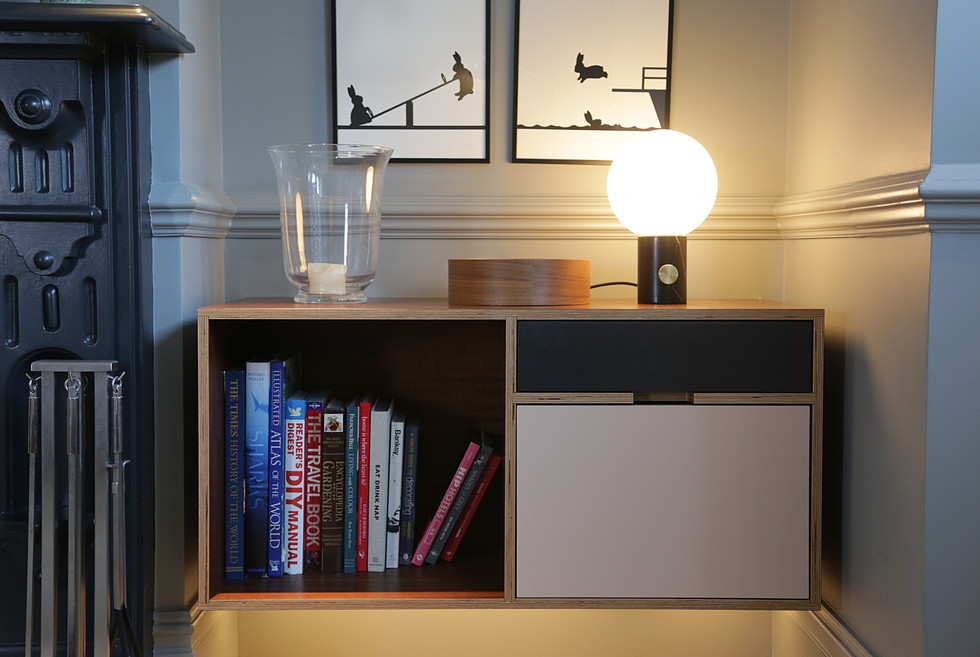 Alcove fitted furniture